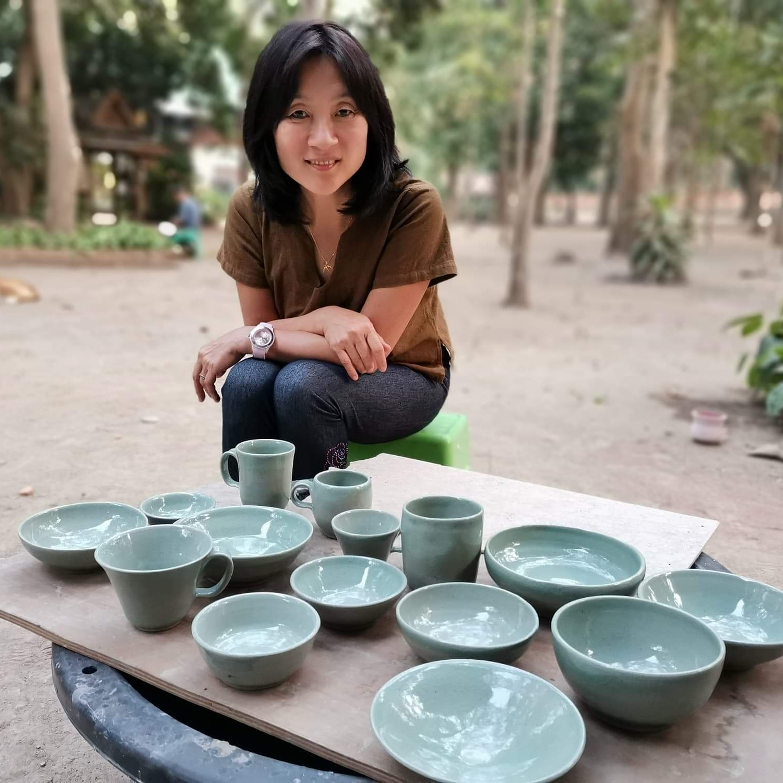 Peintre Kim Dauphin, peintre coréenne, je fais de la sculpture et peinture
